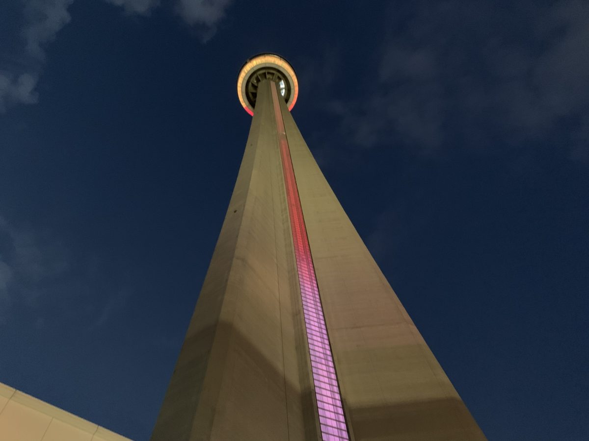 15 Interesting Facts About Cn Tower Toronto Canada The Expat Woman